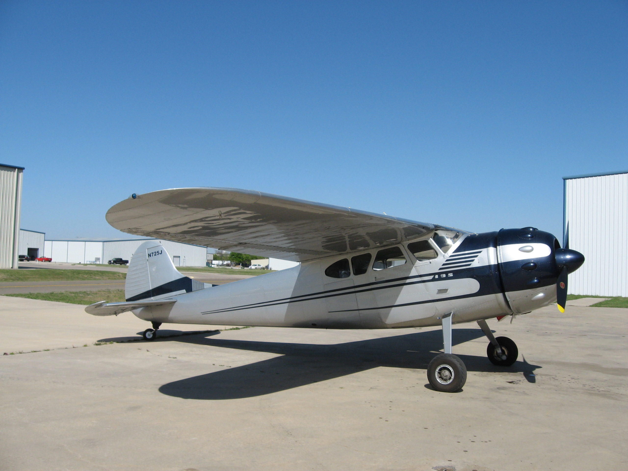 1951 Cessna 195 - recent ground up restoration